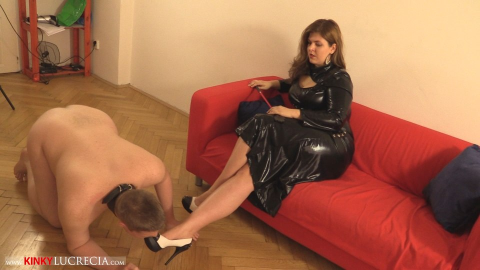 Kinky Lucrecia - KL10 - Shoe worship and trampling CFNM - 01